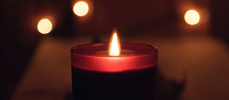 Kerzen zum Valentinstag schenken
